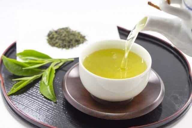 利尿作用の高い飲み物緑茶